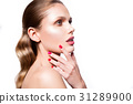 Beauty portrait of model with natural make-up 31289900