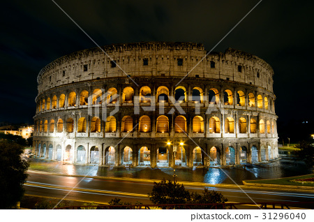 Colosseum at night, Rome, Italy 31296040