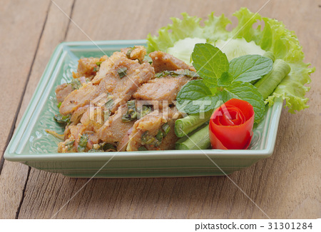 Thai food, spicy pork with chili and mint 31301284