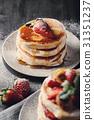 Pancakes 31351237