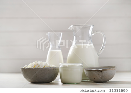 Milk products 31351690
