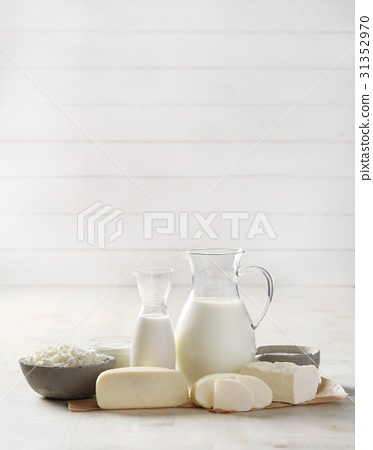 Milk products 31352970