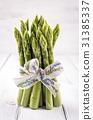 green asparagus 31385337