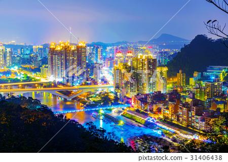 View of New Taipei city buildings 31406438