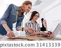 專業 裁縫 設計師 31413339
