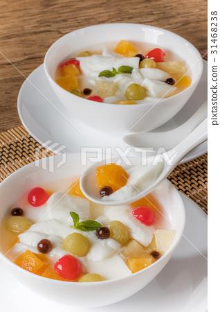安寧豆腐和木薯粉中國甜點杏仁果凍和木薯粉 31468238