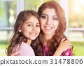 女儿 拥抱 母亲 31478806