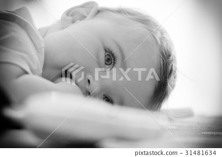 Black and white portrait of a toddler. 31481634