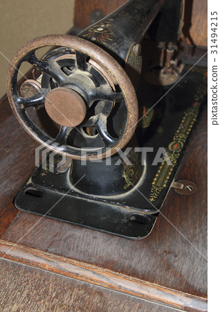 Manual sewing machine 31494215