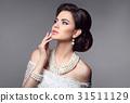 Beauty bride makeup. Elegant fashionable woman 31511129