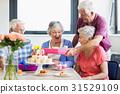 Seniors celebrating a birthday 31529109
