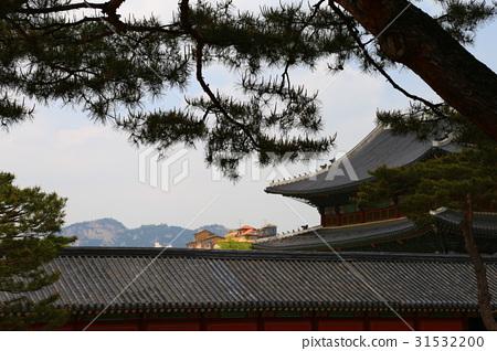 Changdeokgung Palace 31532200