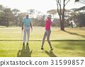 玩 演奏 高尔夫球俱乐部 31599857