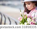 woman springtime portrait 31656335