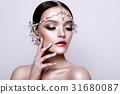 Portrait of a beautiful fashion brunette bride 31680087