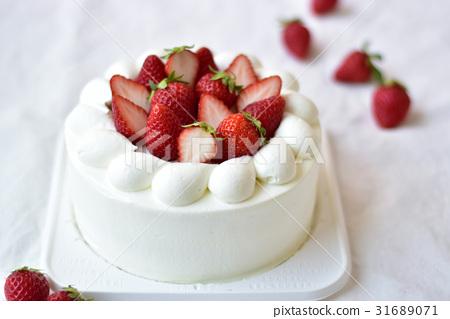 Strawberry Decoration Cake
