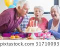 Seniors celebrating a birthday 31710093