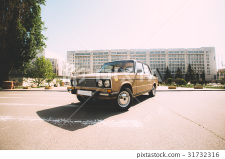 A retro car made in the USSR 31732316