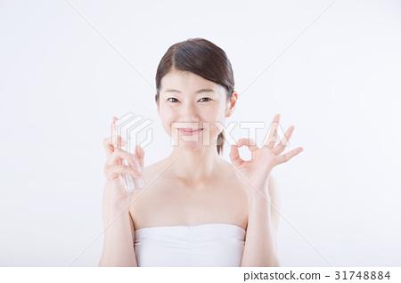 年輕的女士(美女形象,噴霧瓶) 31748884