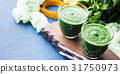 Green detox smoothie for diet 31750973