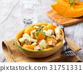 Vegan salad with melon and tofu cheese 31751331