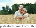 couple field senior 31760363