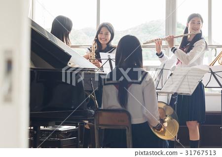 铜管乐队练习场景 31767513