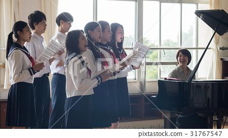 高中生 音樂 樂譜 31767547