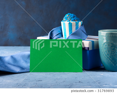 Father's day card with gift box and cup cake, tie 31769893
