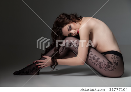 Topless female wearing tights 31777104