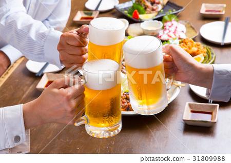 生啤酒敬酒 31809988