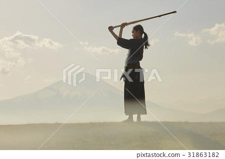 劍道女孩和富士山 31863182