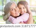 女孩 少女 祖母 31871777