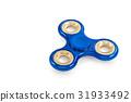 Blue spinner on white 31933492