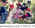Group of kindergarten kids learning gardening outdoors 31943219