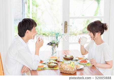 年轻夫妇,夫妇,膳食 32005888