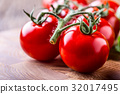 tomatoes, fresh, red 32017495