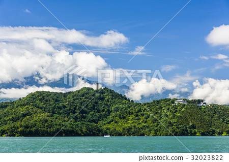 Scenery of Sun Moon Lake in Taiwan, Asia. 32023822