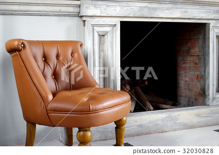 brown leather armchair 32030828