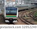 train, trains, electric train 32052240