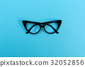 glasses, black, background 32052856