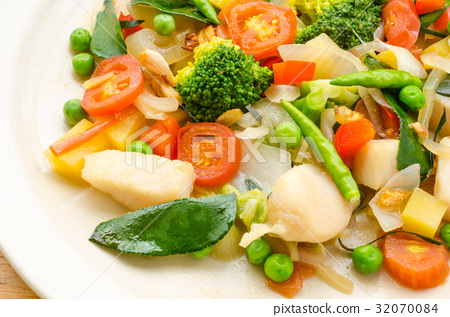 Vegetable Fried 32070084