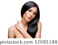 Beautiful Young Woman with Clean healthy hair 32085188