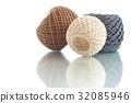 Three balls of rope 32085946