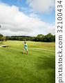 高尔夫球手 玩 演奏 32100434