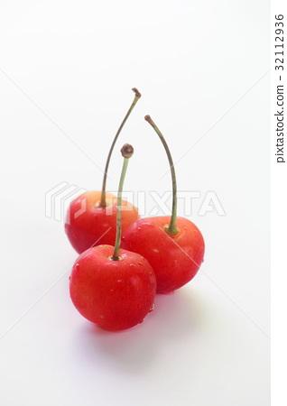 Cherry 32112936