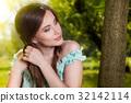 woman beautiful face 32142114
