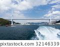 長崎港をでていく船 32146339