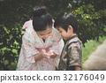 Asian children in Japanese Traditional Dress 32176049