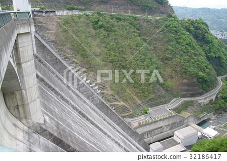 乌拉桑大坝 32186417